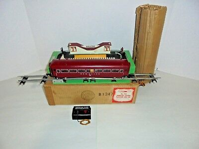 American Flyer 766 Animated Station And Passenger Car With Original Box Postwar