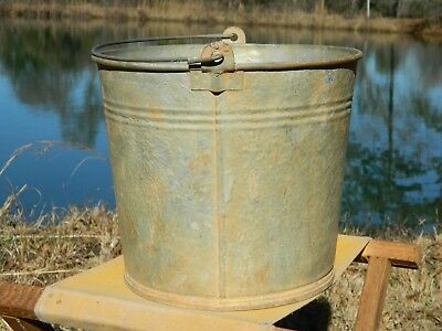 Antique Vintage Galvanized Water Bucket Garden Well Pail Metal Handle Well #10