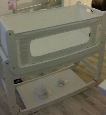 White snuzpod 2 3in1 bedside Crib With Mattress And Waterproof Protector