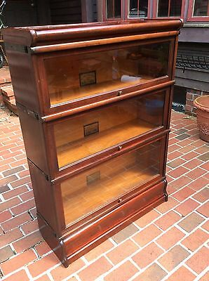 Vtg 3 Section Globe Wernicke Barrister Type Bookshelf W /Top & Base Pieces- Nice