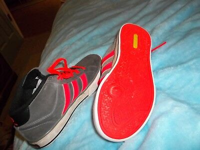 Adidas Size Size 3 1/2  With Free Shipping