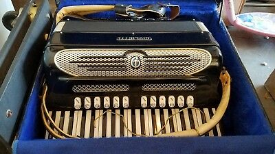 Giulietti Continental Super Free Bassetti Accordion W/ Amplifier