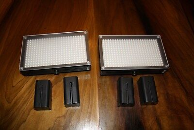 2 ikan iled 312 led light lamps (Your getting 2 lights & 4 Batteries)