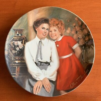 Annie and Grace Collector's Plate by Knowles - Little Orphan Annie