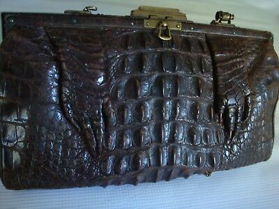 HORNBACK ALLIGATOR CLUTCH PURSE EARLY 30's BRASS CLASP AND SHOULDER STRAP