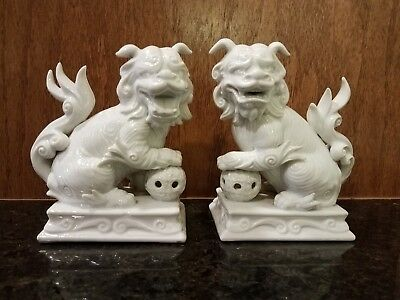 Fitz & Floyd RARE 1976 White Porcelain Foo Dog Figurine