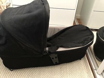 Mountain Buggy | carrycot plus for urban jungle, terrain and +one : Black