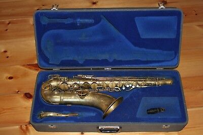 "1928 C.G Conn Tenor Saxophone ""Chu Berry"" New Wonder II, works great"