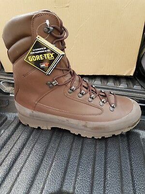 New British Army Karrimor Cold Wet Weather Goretex Combat Boots UK 15 M 15M