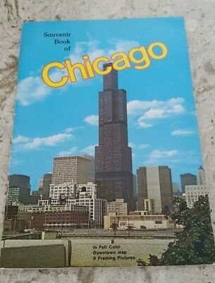 Souvenir Book of Chicago Illinois Full Color Downtown Map Vintage 1960s 1970s
