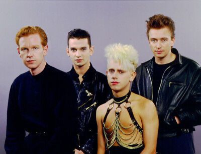 Depeche Mode UNSIGNED photograph - M9896 - English electronic band - NEW IMAGE!!