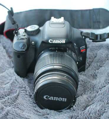 Canon EOS 550D / Rebel T2i 18.0MP Digital SLR Camera with EF-S 18-55 Lens -Used