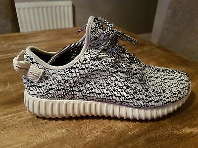 4a3b81a10 ADIDAS YEEZY BOOST Trainers-Size 9.5-New Without Tags-Boxed - £57.00 ...