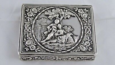 SUPERB ANTIQUE GERMAN SOLID SILVER SNUFF / PILL BOX LOVERS SCENE c1900 80 g