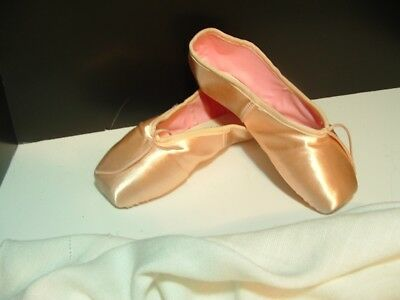 Chacott Veronese Pointe Shoes