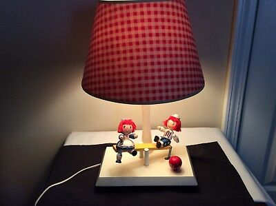 Vintage Musical Raggedy Ann & Andy Lamp with Shade  1977