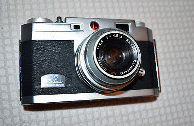 Petri 35mm Film Camera w/Color Corrected Super 2.8 Orikkor 4.5cm lens-Vintage