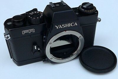 Yashica FR 35mm Film Camera and Manual C / Y