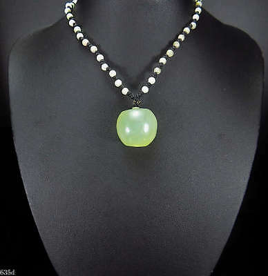 100% Natural Hand-carved Chinese Jade Pendant jadeite Necklace apple 635d