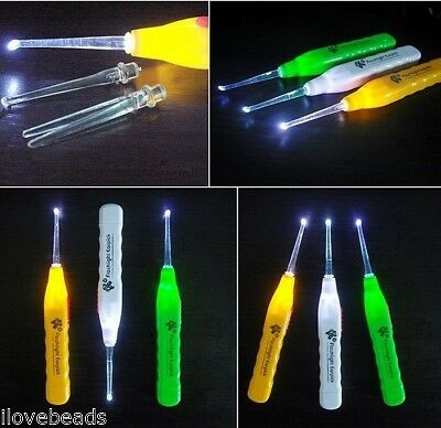 1PC New Ear Cleaner Earwax Spoon Clean LED Light Flashlight Earpick