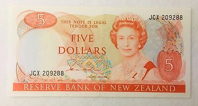 1981-1992 Five Dollars $5 Reserve Bank of New Zealand Bird Banknote UNC & Clean