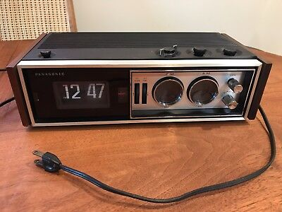 Panasonic RC-7469 Flip Clock Radio Vintage Wooden Sides WORKING
