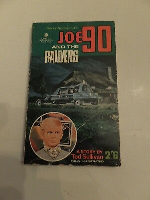 Gerry Anderson Joe 90 and the Raiders paperback book 1968