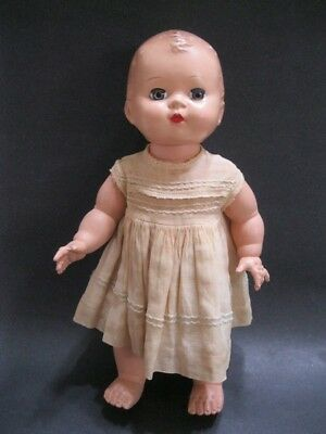 1940's Antique RARE HONEY GIRL Baby Doll by Eegee w Dress + Open close eyes HTF