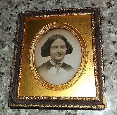 1/6th Plate Daguerreotype Portrait of Lady (possibly Southworth & Hawes) Half C.