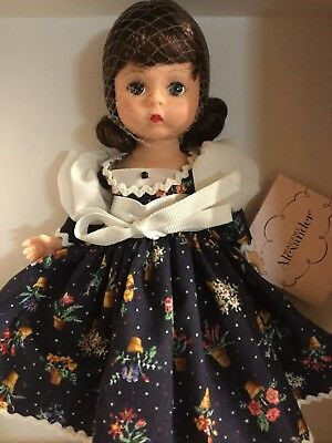 """Madame Alexander 8"""" COLLECTIBLE DOLL """"WENDY BLUE PRINT"""" 34860"""