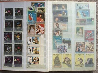 Stamp Album - Worldwide 32 pages lovely old collection