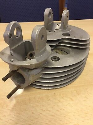 Matchless Twin 600 AJS AMC Cylinder head #025071 - VERY CLEAN, Good fins