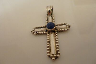 Sterling silver fully hallmarked 925 solid cross.6.8 Grams