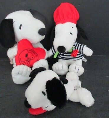 Snoopy Hallmark Valentines Day Plush Stuffed Toy Dogs Lot of 3
