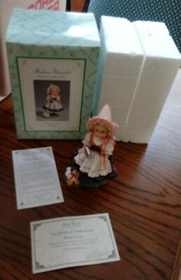 1999 MADAME ALEXANDER ~~ Mother Goose ~~ Figurine MIB