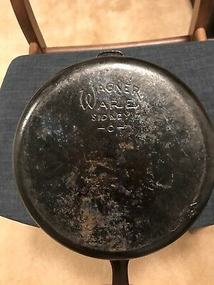 Wagner Ware Sidney -O- Chicken Fryer cast iron old American cookware vintage