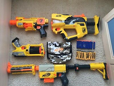 4 nerf gun lot! Comes with bullet pouch and 25 bullets!!