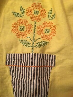 Vintage Apron Cross Stitch Flower Pots
