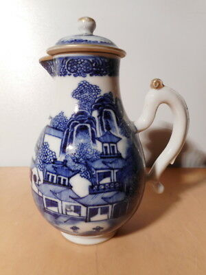 Verseuse théière ancienne chinoise porcelaine Chine 18 th siecle paysage pagode