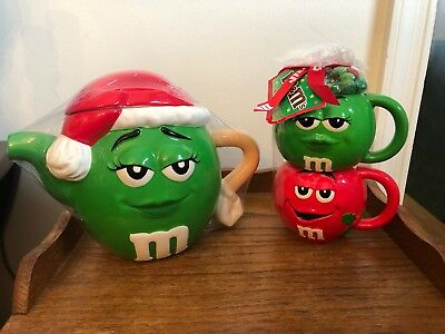 M & M's Candy Green Teapot Red Santa Hat & Matching Set 2 Mugs SEALED Plus BONUS