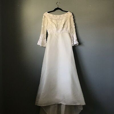 VINTAGE Miss Betsy 1950s  Lace Wedding Dress Gown Sz S, 2/4, Boat Neck, Floral