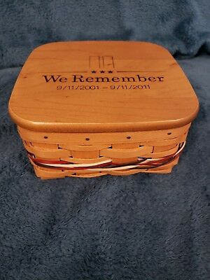 Longaberger 2001 We Remember basket with lid and protector
