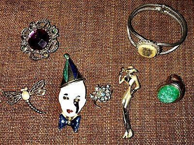 Lot of Vintage Mixed Costume Jewelry LOT Brooches,Bracelet & Poison RingNICE!