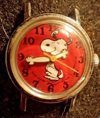 Vintage Hand Wind Peanuts Snoopy Watch, Red Face