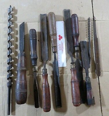 Wood cutting gouge chisels, an assortment from the early 1900's.