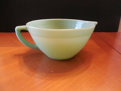 Vintage FIRE KING Oven Ware Jadeite Green~Mixing/Batter Bowl w/Spout & Handle