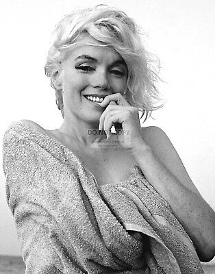 Marilyn Monroe Iconic Sex Symbol And Actress - 11X14 Publicity Photo (Lg-193)