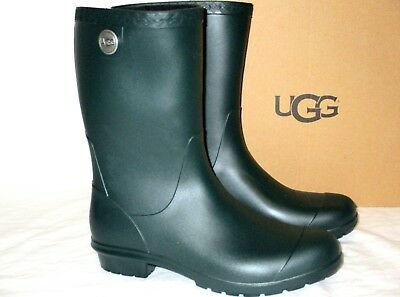 deb34524f27 UGG REIGNFALL WATERPROOF Boots, olive and rubber outsole (size 7 ...
