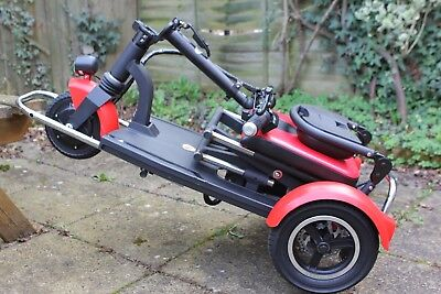 Brand New  Lightweight Foldable 3 Wheels Electric Scooter ( only 24 kG*****