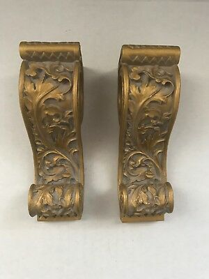 Pair of Antique Finish Gold Tone Acanthus Leaf Wall Corbel Sconce Shelf Bracket